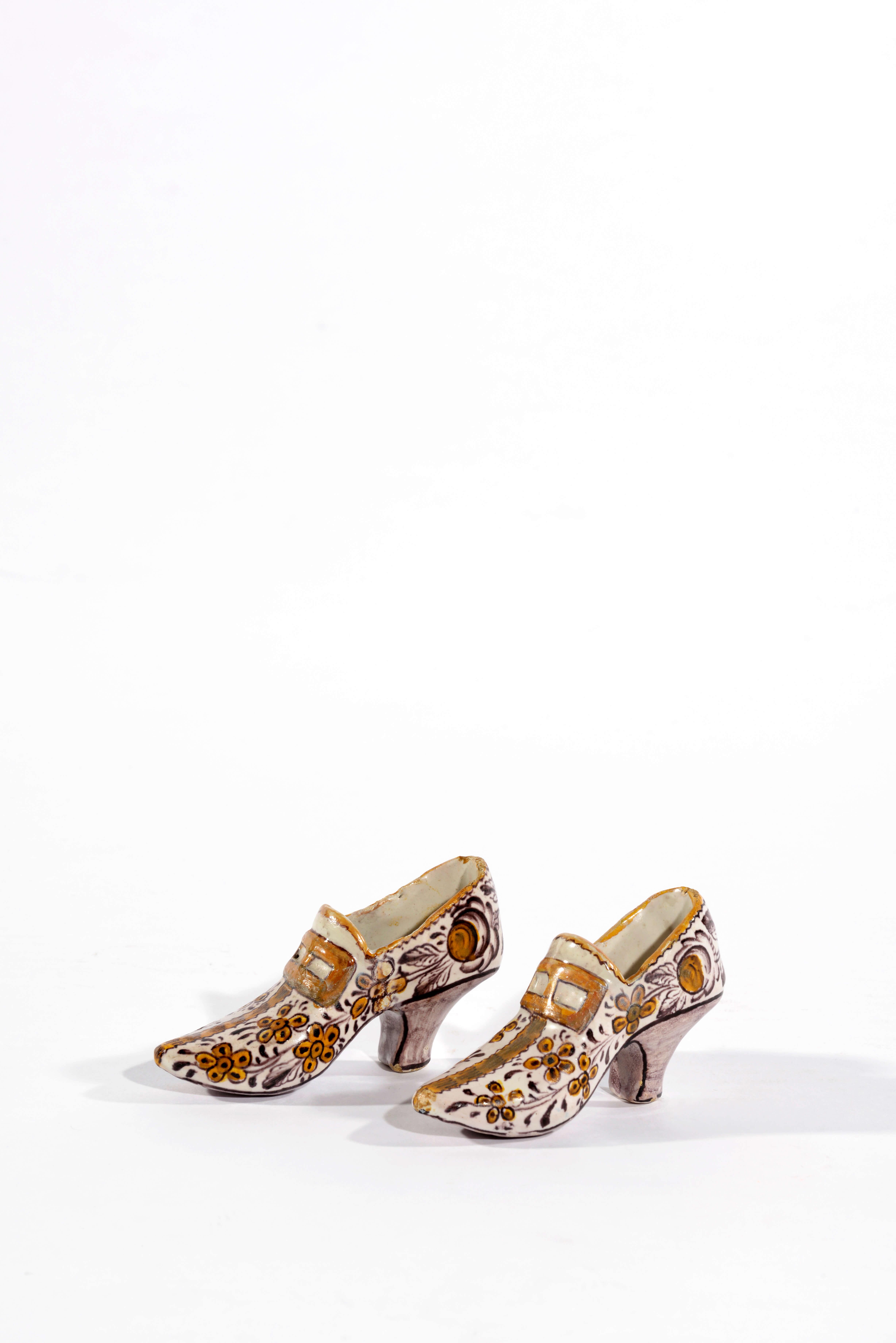 1648 Polychrome Shoes
