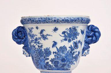 • D1526. Blue And White Massive Garden Urn