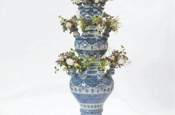 Large Delftware Vase To Minneapolis