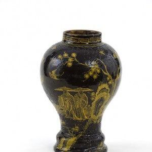 •D1724. Brown-Glazed Baluster-Shaped Vase