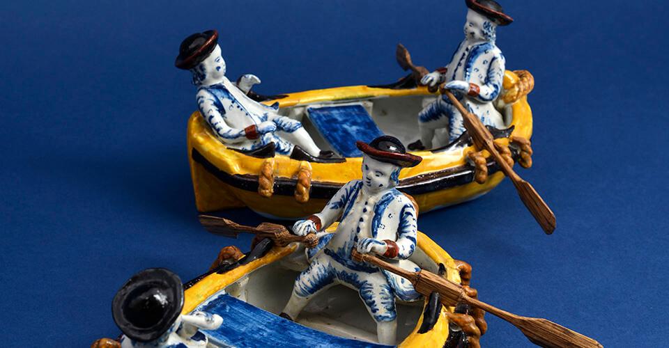 Delftware boats