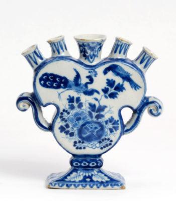 D1899. Blue And White Flower Vase