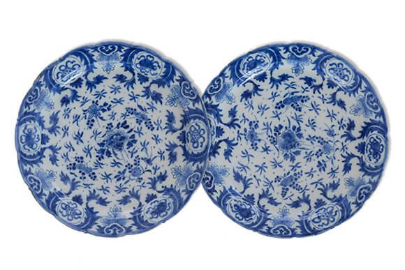 Blue and white plates, Delftwaren
