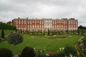 Exterior Hampton Court Palace