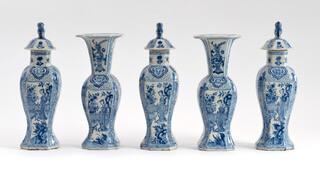 Kaststel Delfts aardewerk blauw wit vazen